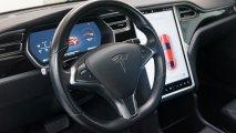 Tesla Model S 70D Lenkrad