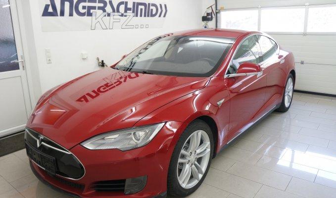 Tesla Model S 70D LV
