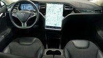 Tesla Model S 90D - Cockpit