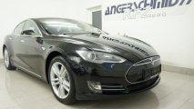 Tesla Model S 60 RV